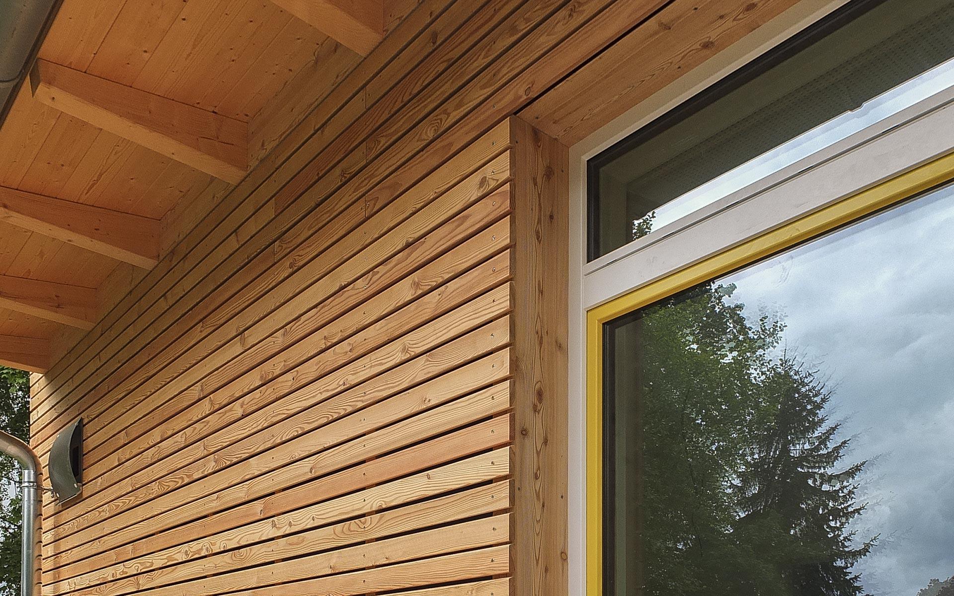 Kita Fellheim Fassade aus Holz